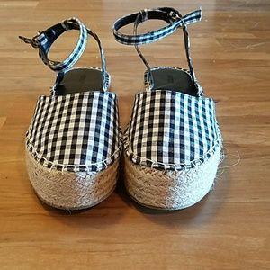 0eb8f5bff79 Forever 21 Shoes - Gingham Espadrille Flatform Sandals